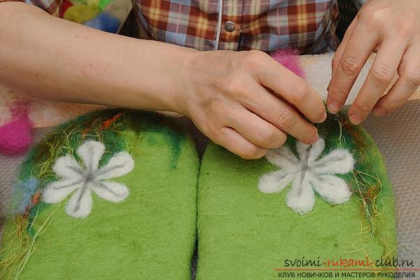 Как создать своими руками удобные тапочки методом валяния. Фото №11