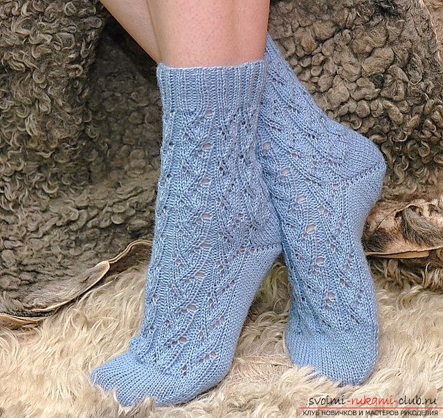 ажурные носки спицами. Фото №1