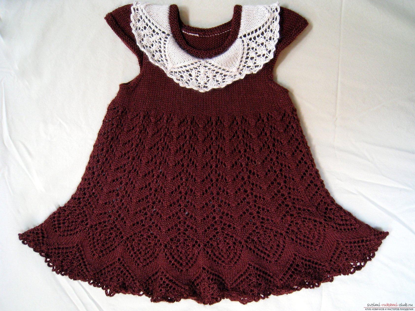 Вязаные платья спицами для подростков со схемами и описанием