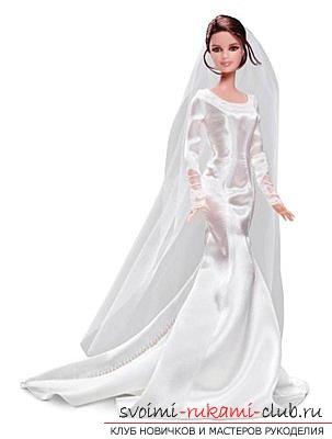 Платье для куклы из тюля