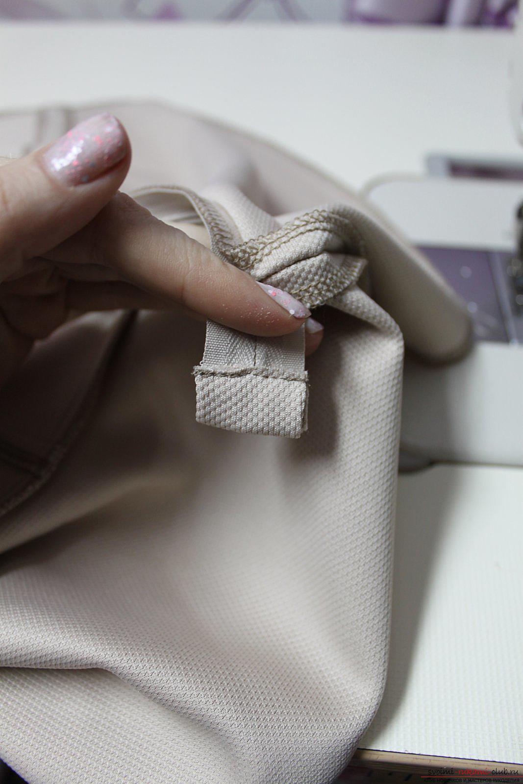 Этот подробный мастер-класс с фото и выкройкой научит шитью своими руками блузки с баской.. Фото №25