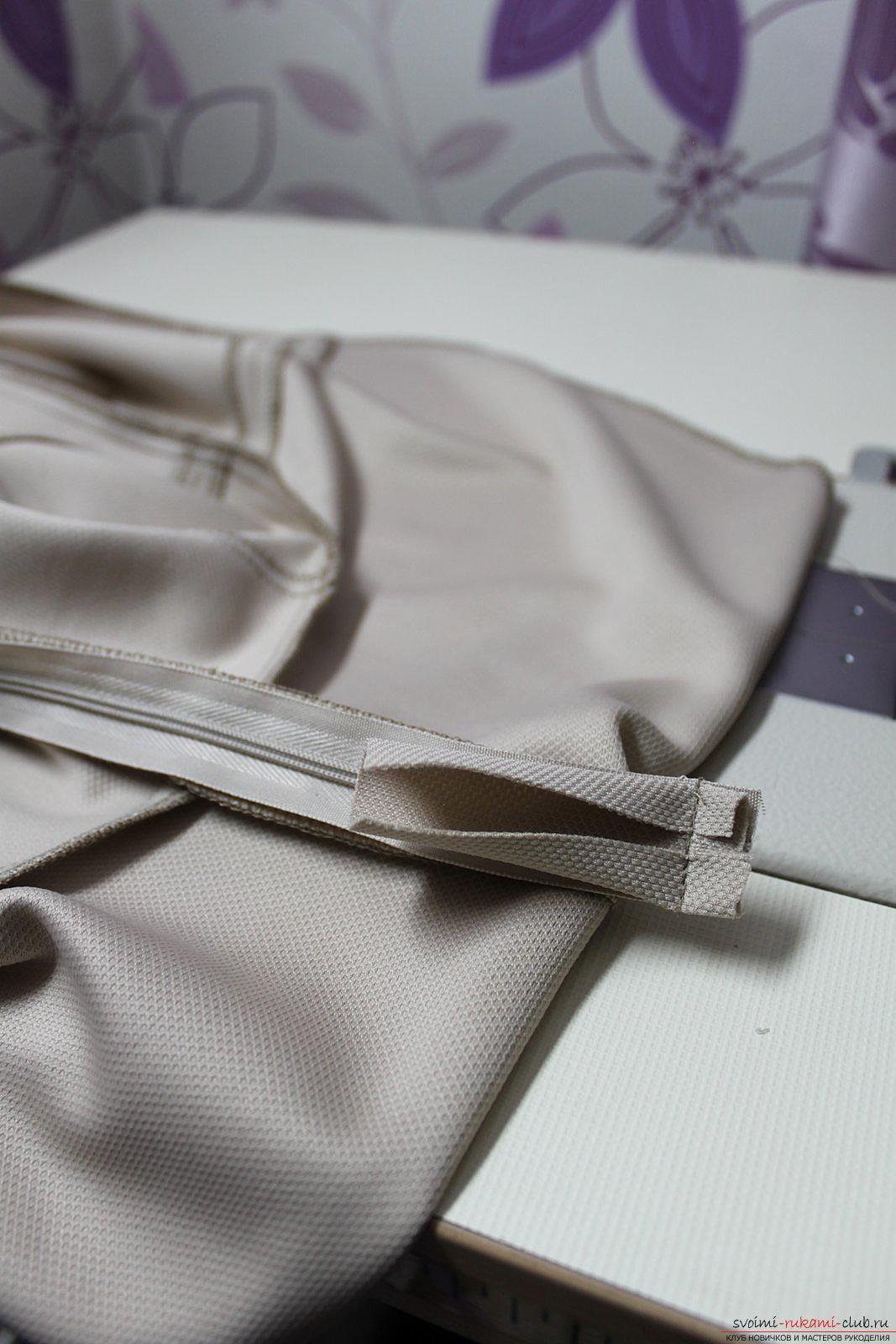 Этот подробный мастер-класс с фото и выкройкой научит шитью своими руками блузки с баской.. Фото №24