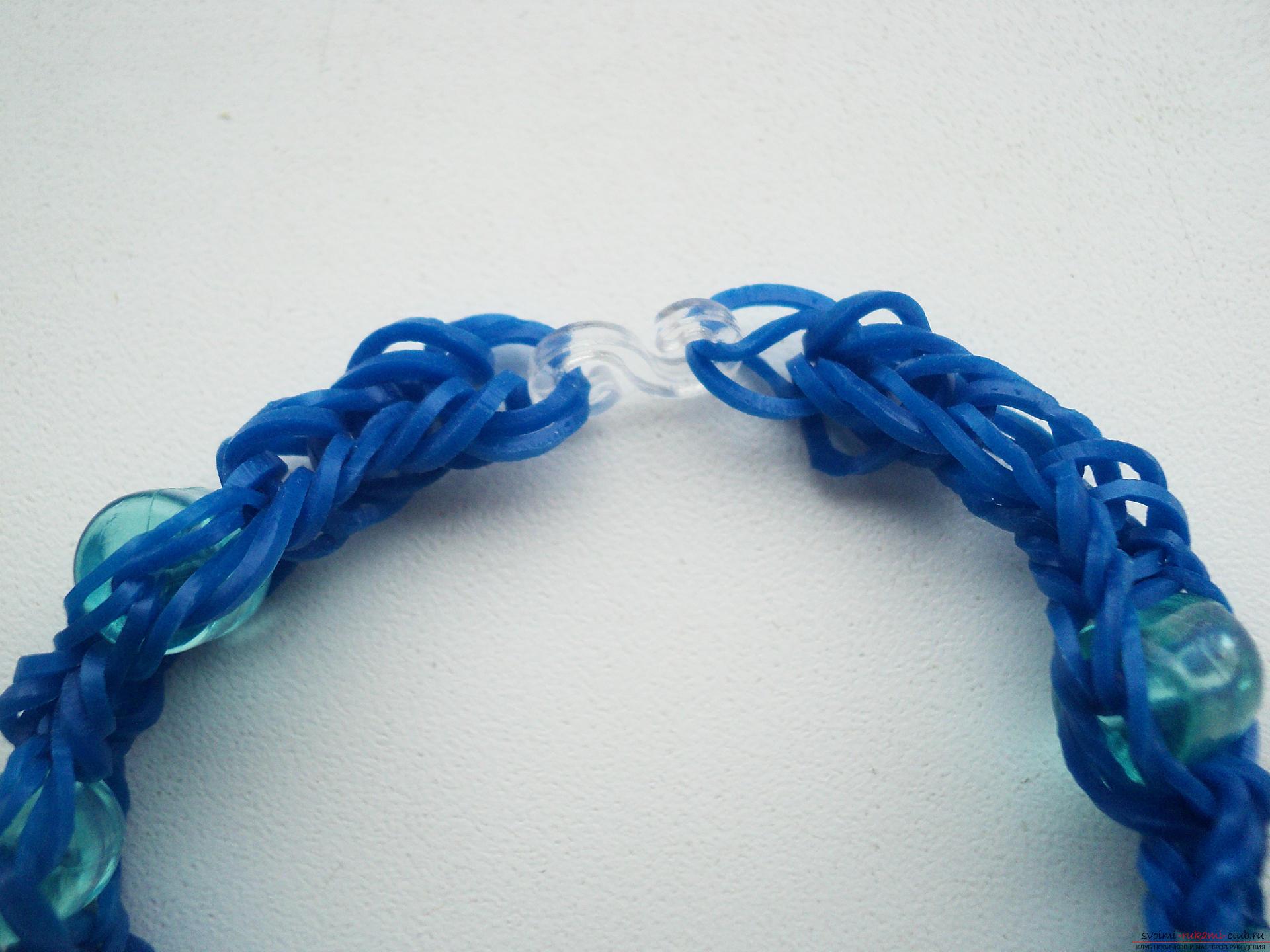 Вязание браслетов на рогатке