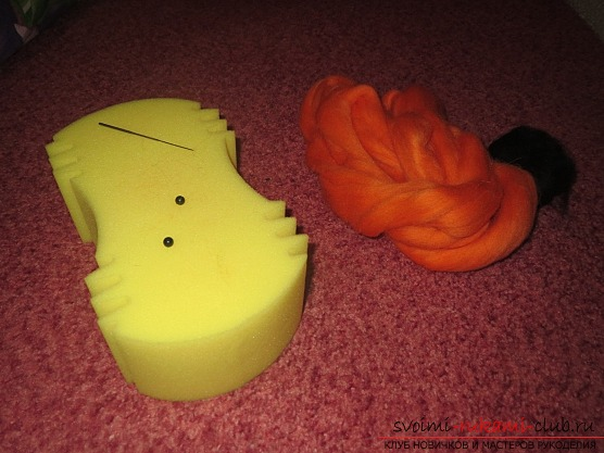 фото создания игрушки «белочки» из шерсти. Фото №1