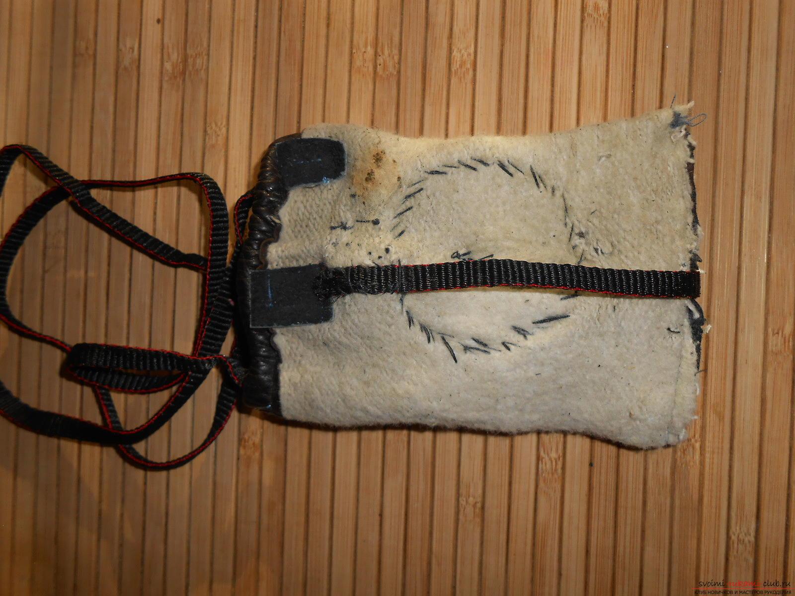 Кожаные чехлы самые модные для телефонов, но мало кто знает как сделать чехлы из кожи своими руками.. Фото №24