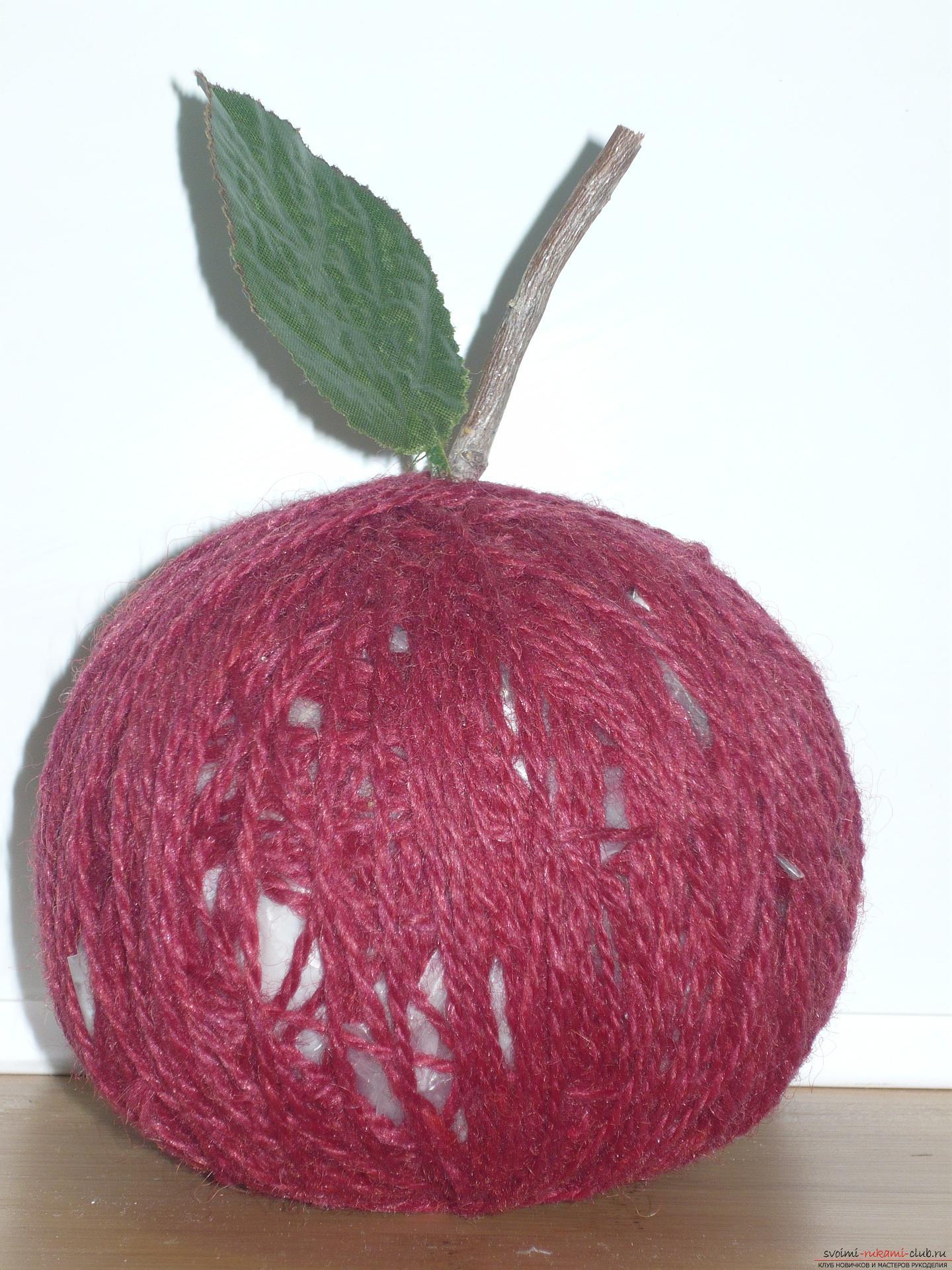 Этот мастер-класс подскажет как создать яблоко из монет своими руками
