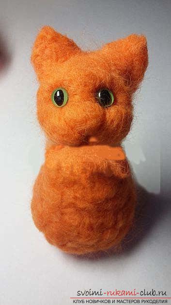 Как свалять красивого рыжего кота своими руками. Фото №6