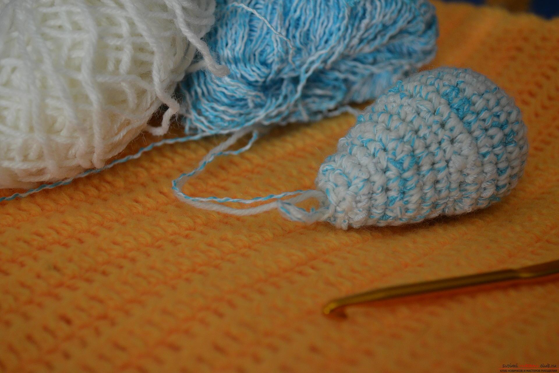 схема вязания свитера с капюшоном для йорка-мини