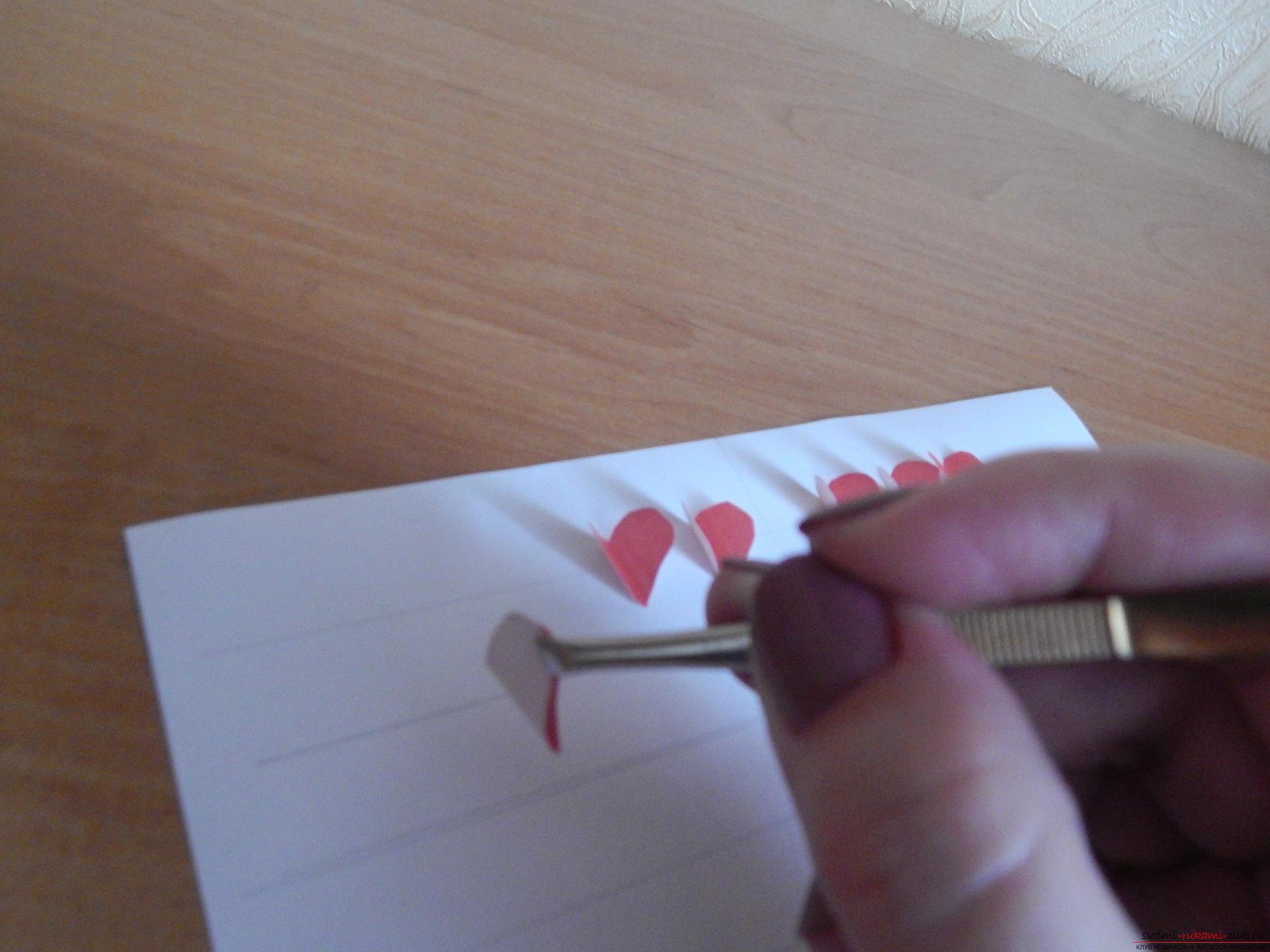 Этот подробный мастер-класс научит как сделать своими руками календарь - подарок на День влюбленных. Фото №10