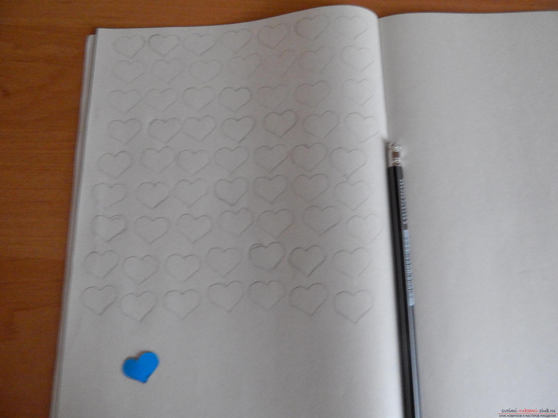 Этот подробный мастер-класс научит как сделать своими руками календарь - подарок на День влюбленных. Фото №6