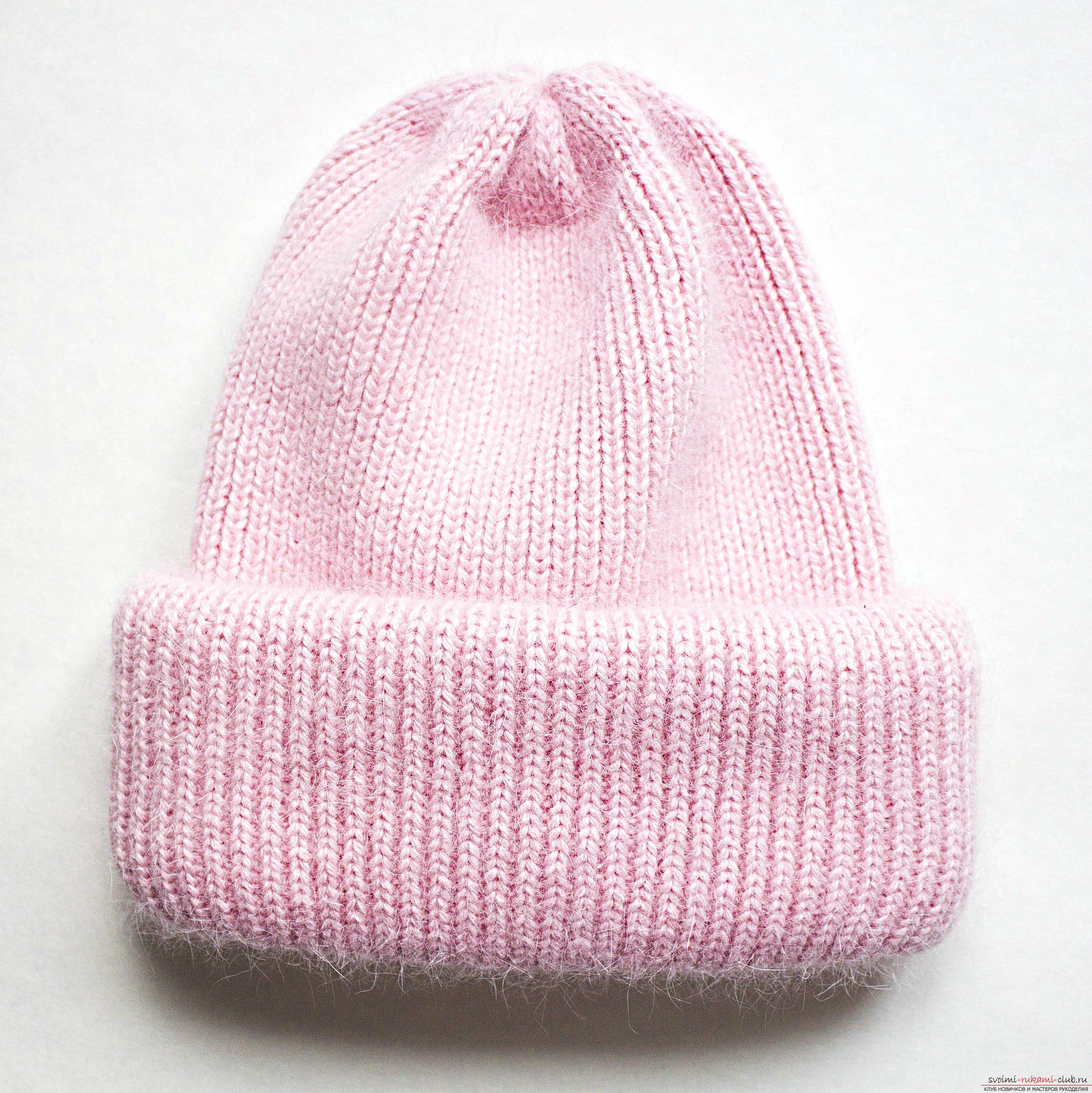 связать шапку простую спицами схема