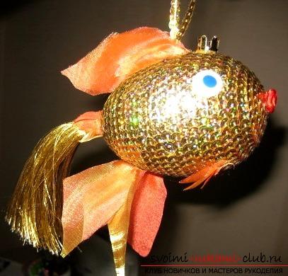 Как делать поделку золотая рыбка