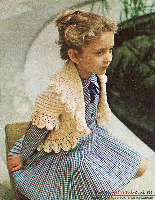 вязаное спицами болеро для девочки. Фото №3