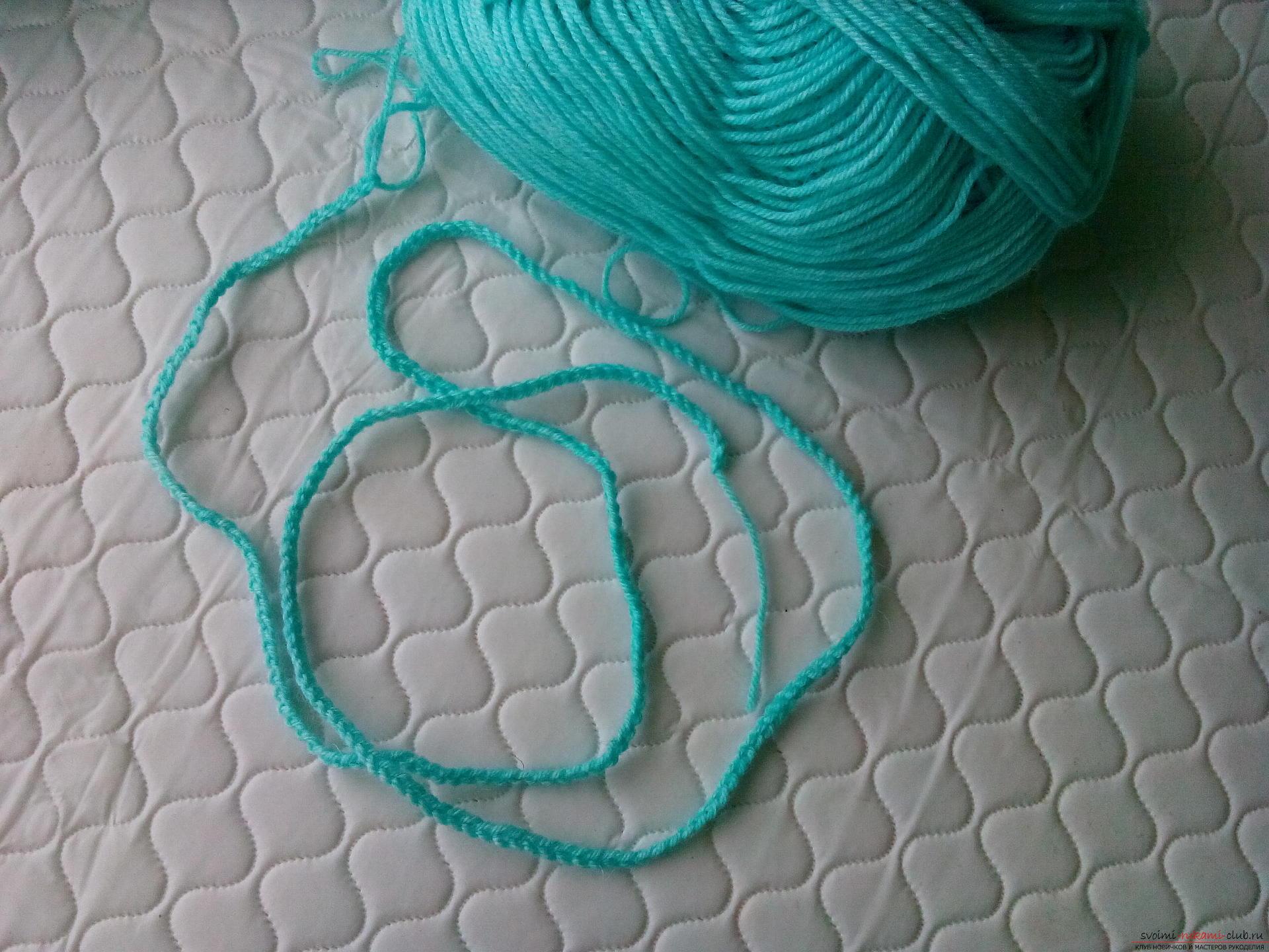 Пошаговое описание и фото вязания крючком комплекта для мальчика из шапочки и шарфа. Фото №15