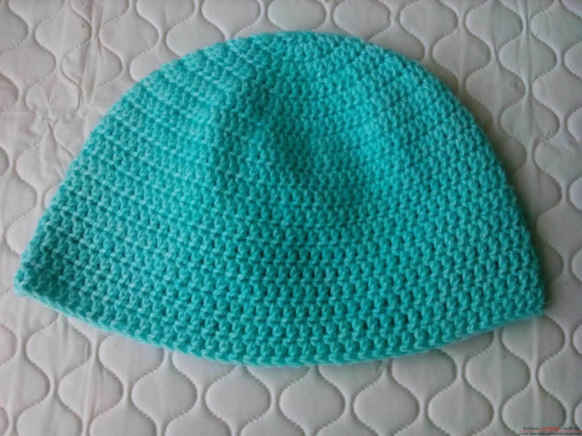 Пошаговое описание и фото вязания крючком комплекта для мальчика из шапочки и шарфа. Фото №6