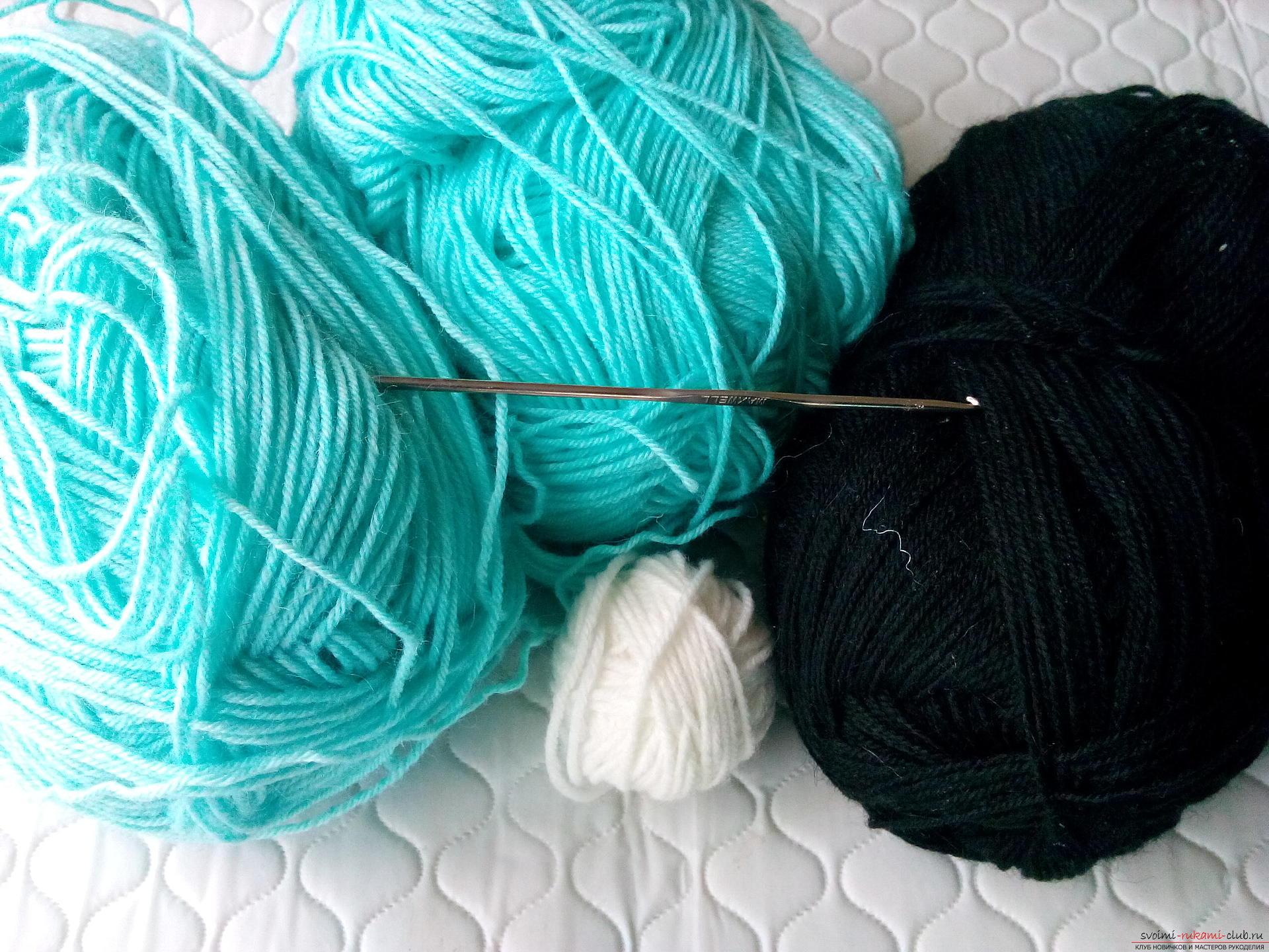 Пошаговое описание и фото вязания крючком комплекта для мальчика из шапочки и шарфа. Фото №1