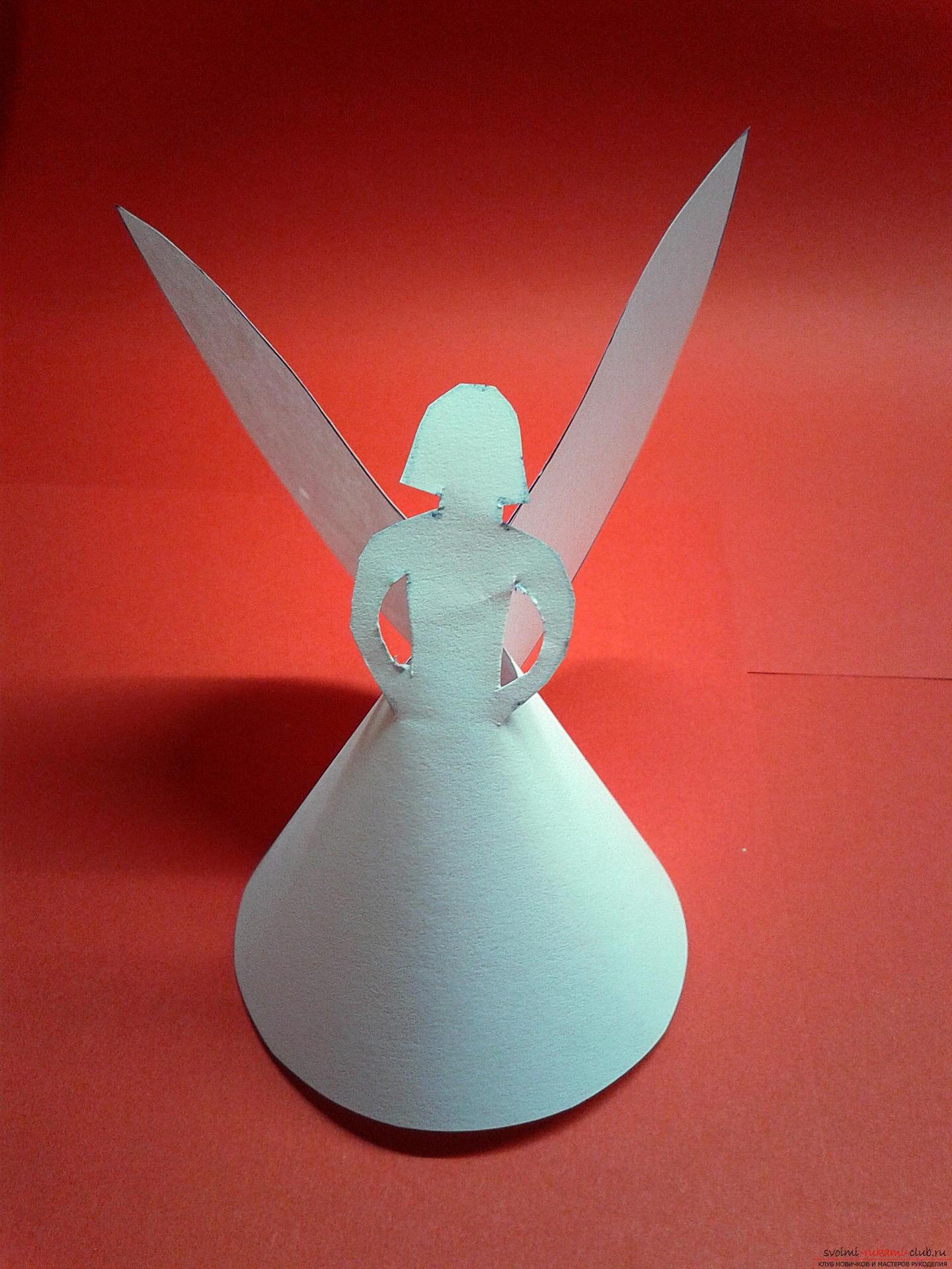 В этом мастер-классе описан процесс создания новогодних поделок своими руками. Милые ангелочки из бумаги создавались как украшения на елку.. Фото №10