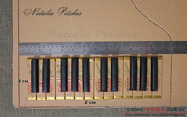 Мастер-класс: рояль из конфет. Фото №8