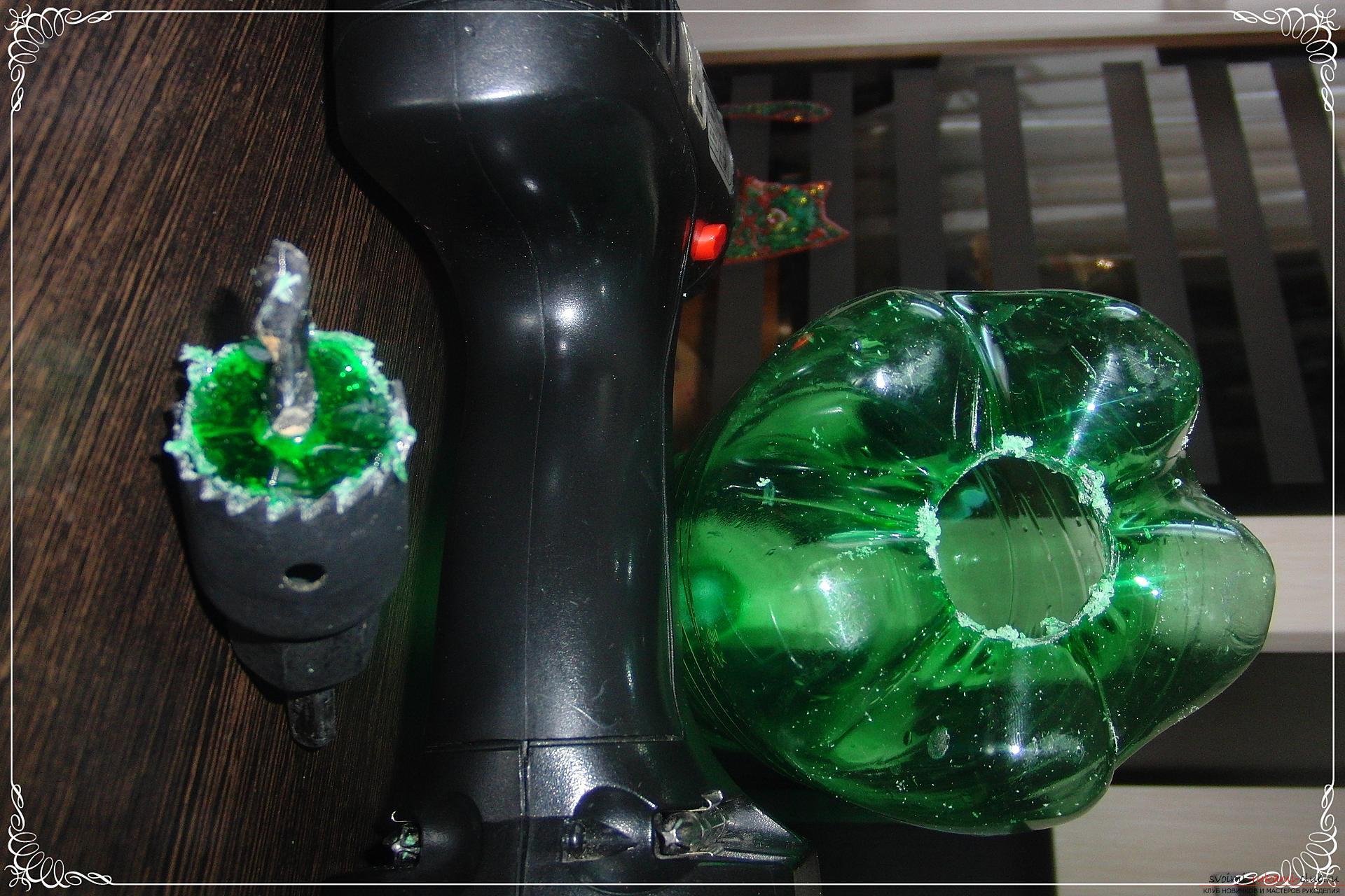 Как сделать оригинальный подарок из пластиковой бутылки.</p> </div> <p> Фото №3″/> </p> <div style=