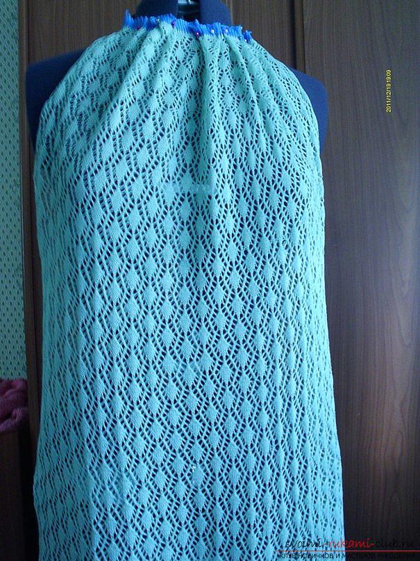 Ажурное платье из акриловой пряжи. Фото №4
