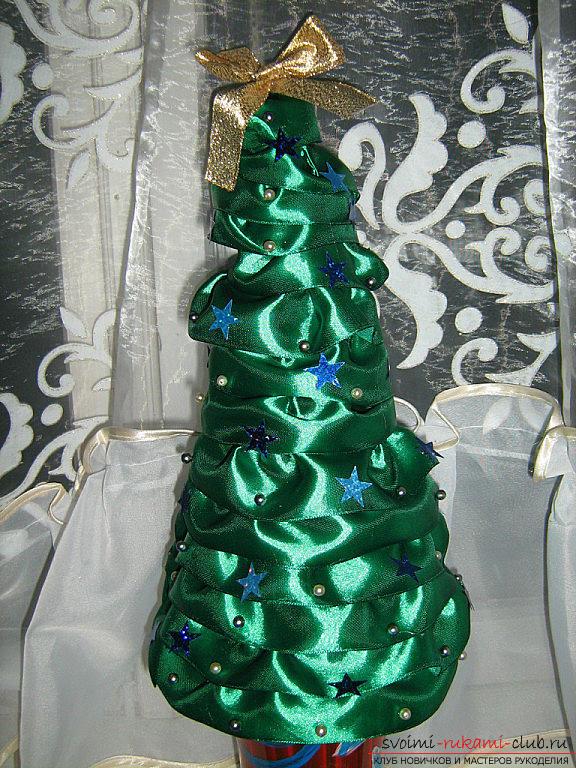 Новогодние поделки елка из атласных лент