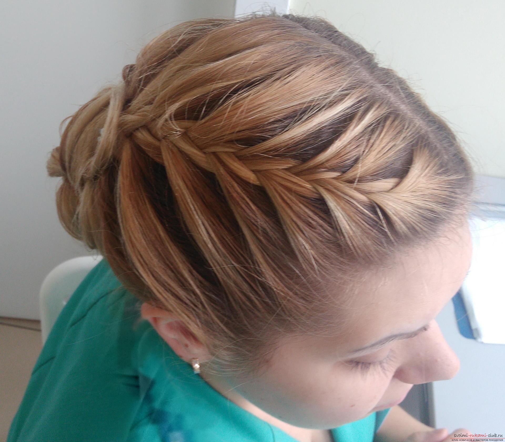 Прически на короткие волосы с плетением кос фото