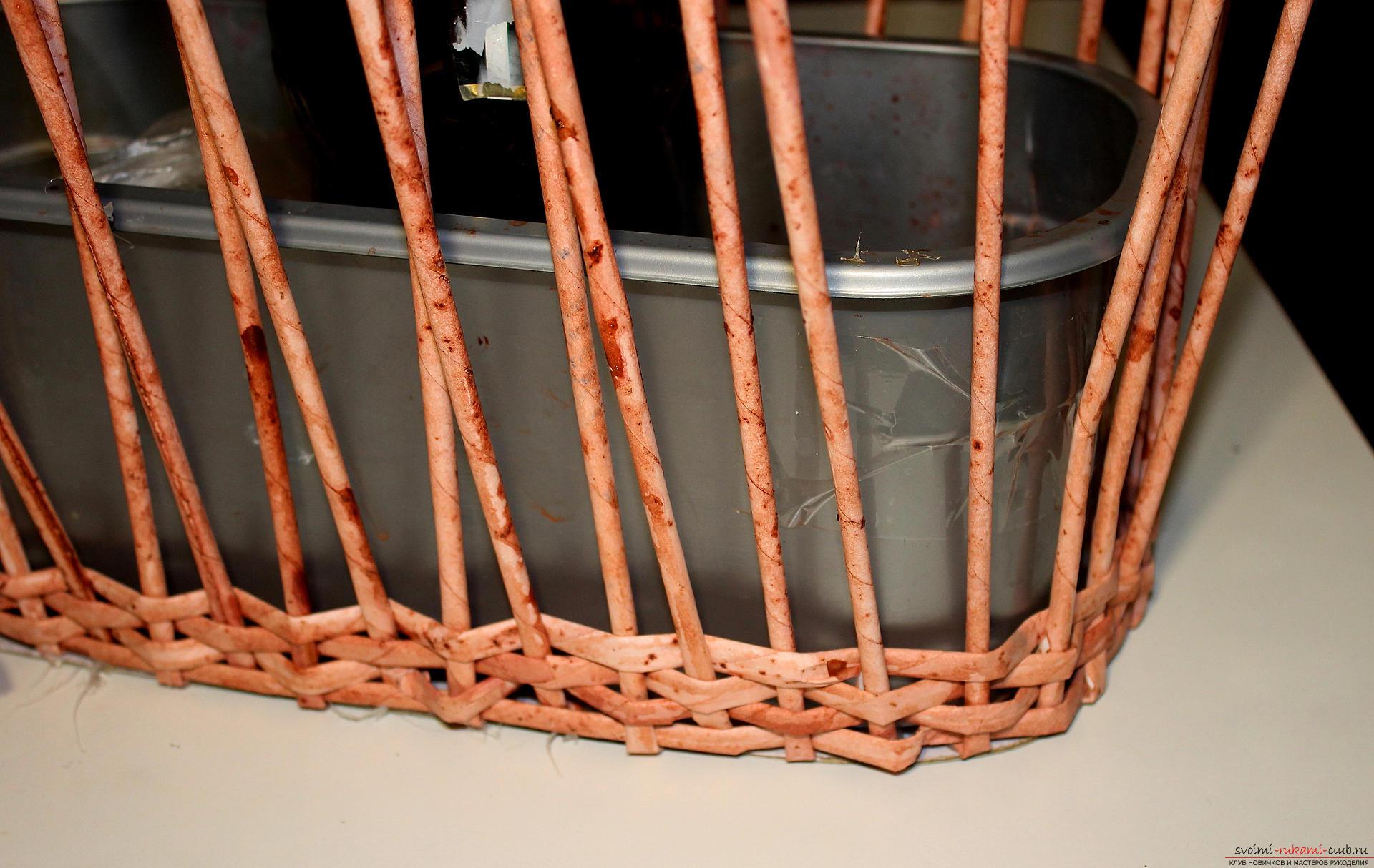 Плетение корзинки за 2 вечера из любой бумаги мастер