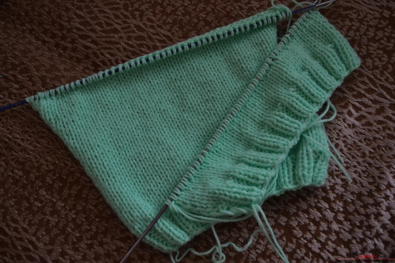 Этот мастер-класс со схемой вязания научит как связать костюм для новорожденного или грудничка спицами.. Фото №3