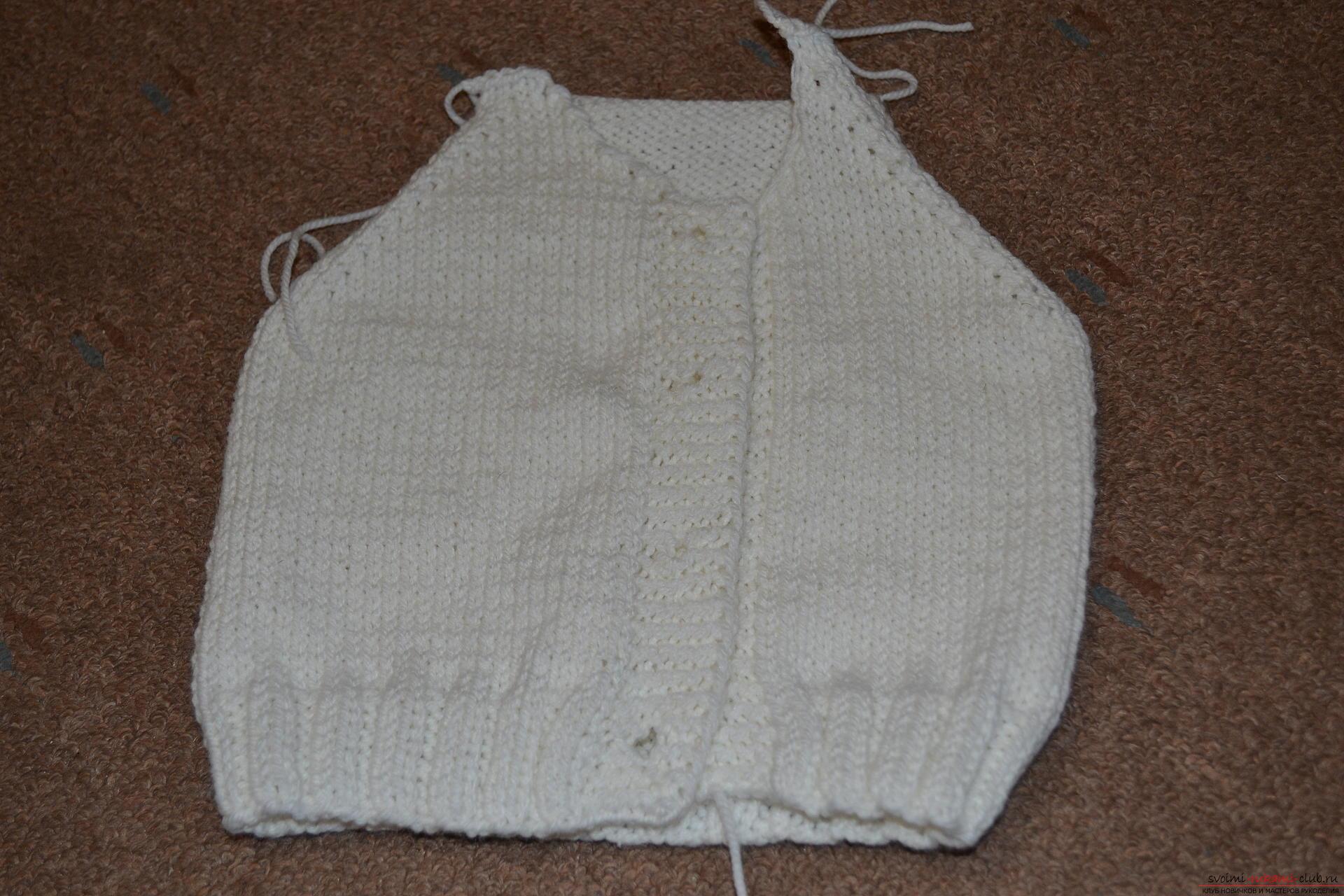 Этот мастер-класс со схемой вязания научит как связать костюм для новорожденного или грудничка спицами.. Фото №10