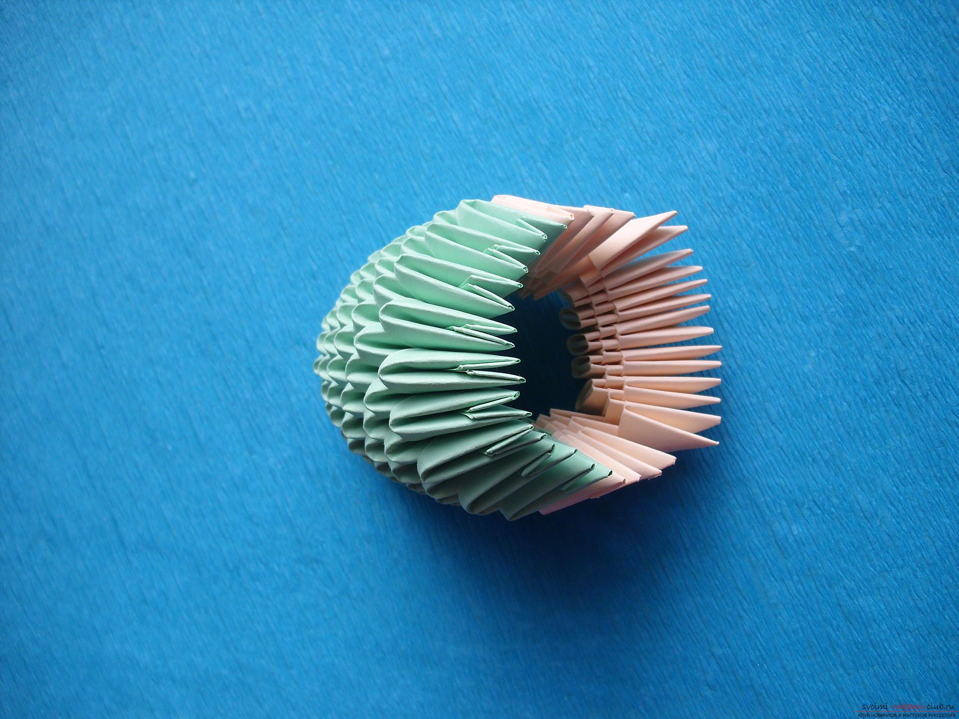 Этот мастер-класс расскажет как сделать поделку из модульных оригами - лягушку.. Фото №9