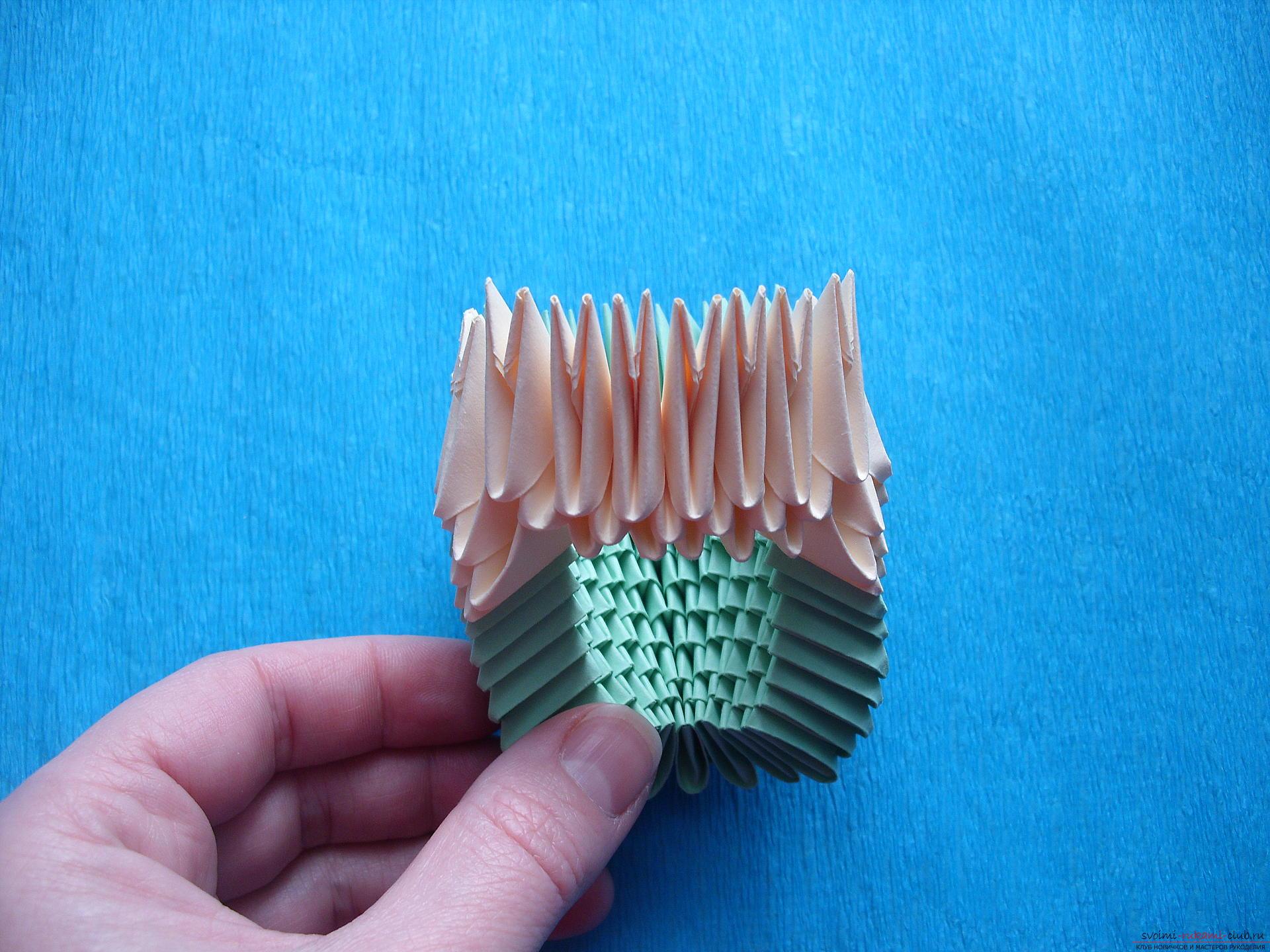 Этот мастер-класс расскажет как сделать поделку из модульных оригами - лягушку.. Фото №8