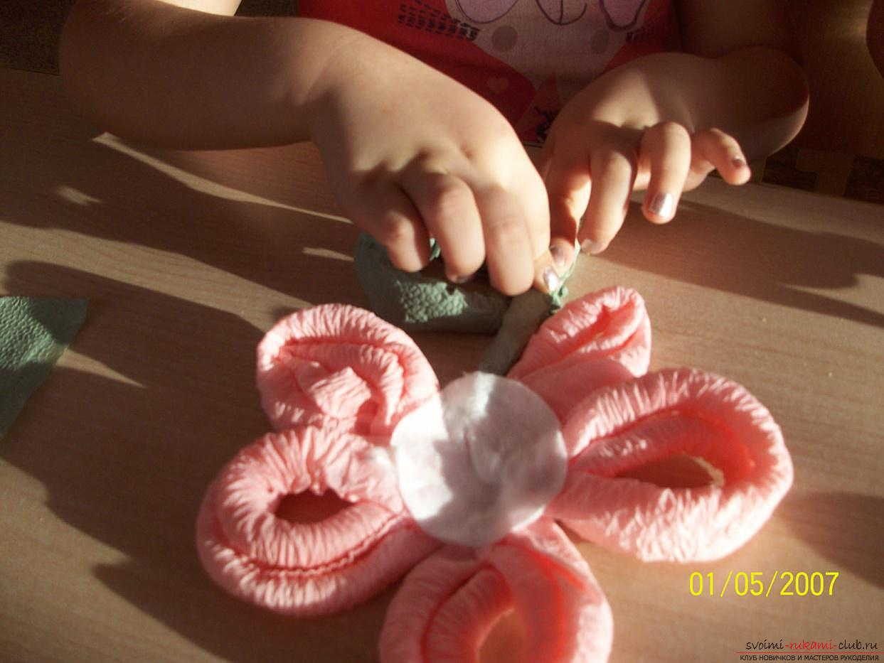 Лилия из салфеток пошаговое фото