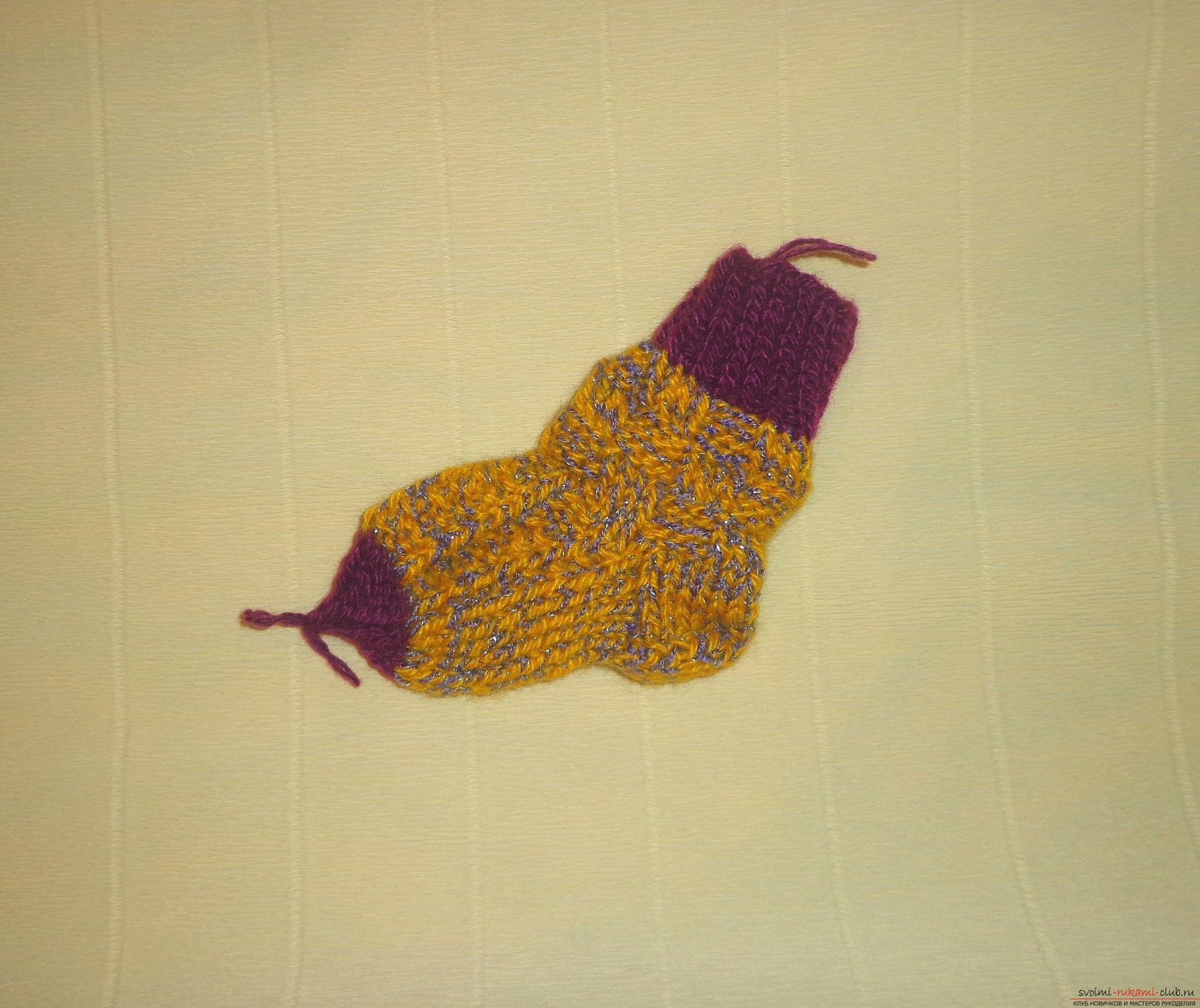 Фото к уроку по вязанию спицами детских носочков «Зимние». Фото №11