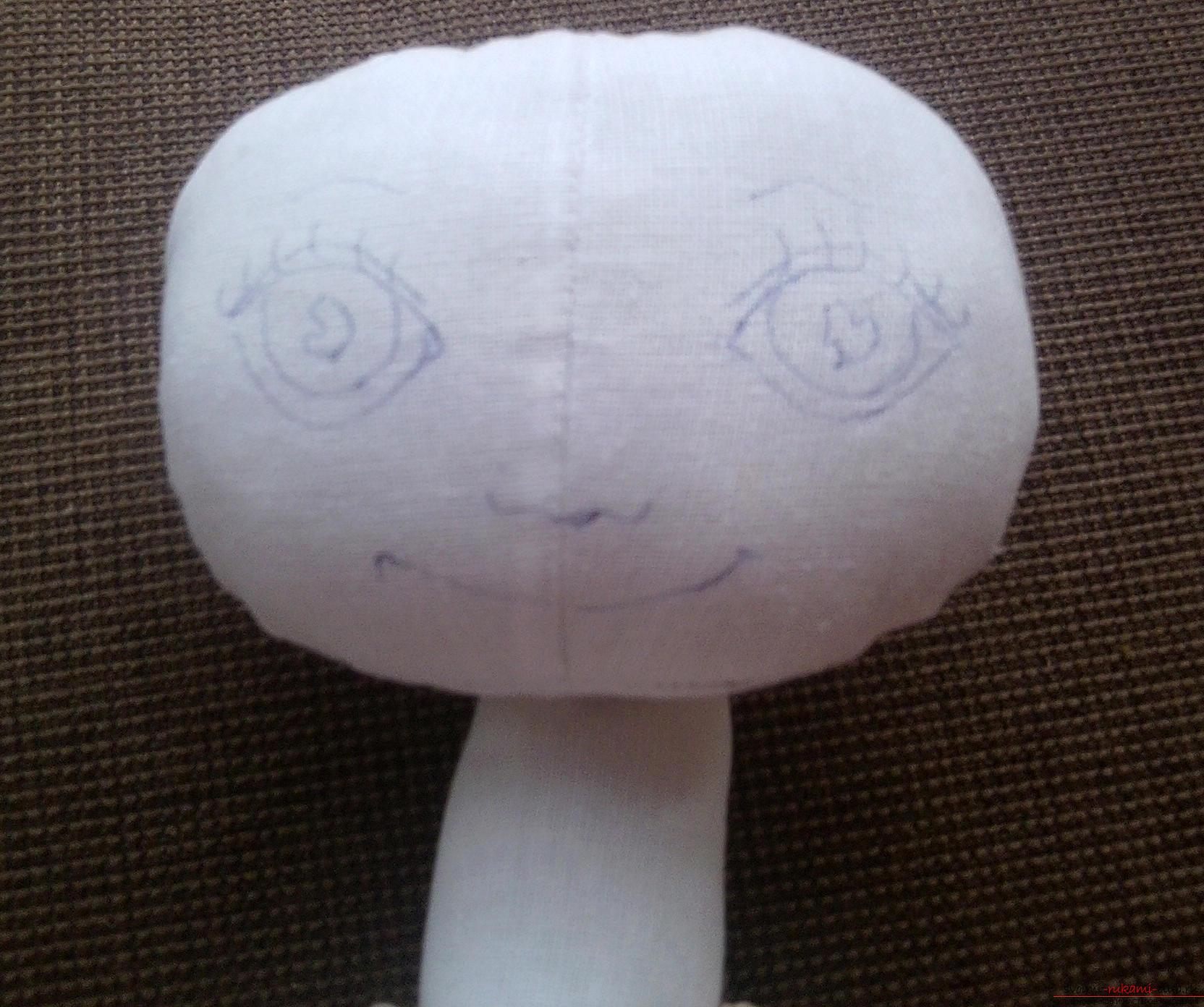 Подробный мастер-класс по шитью куклы-большеножки с пошаговыми фото. Фото №3