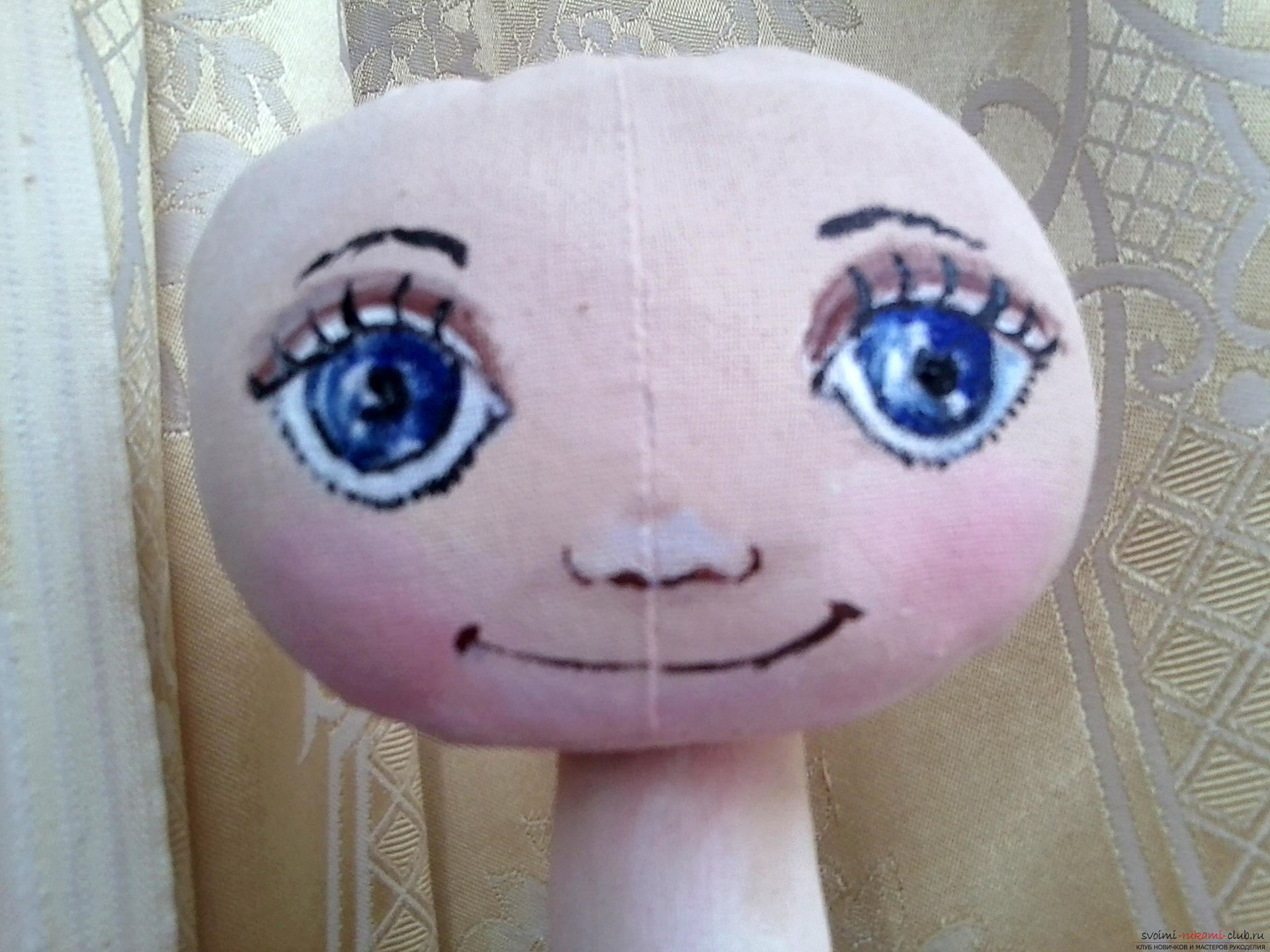 Подробный мастер-класс по шитью куклы-большеножки с пошаговыми фото. Фото №6