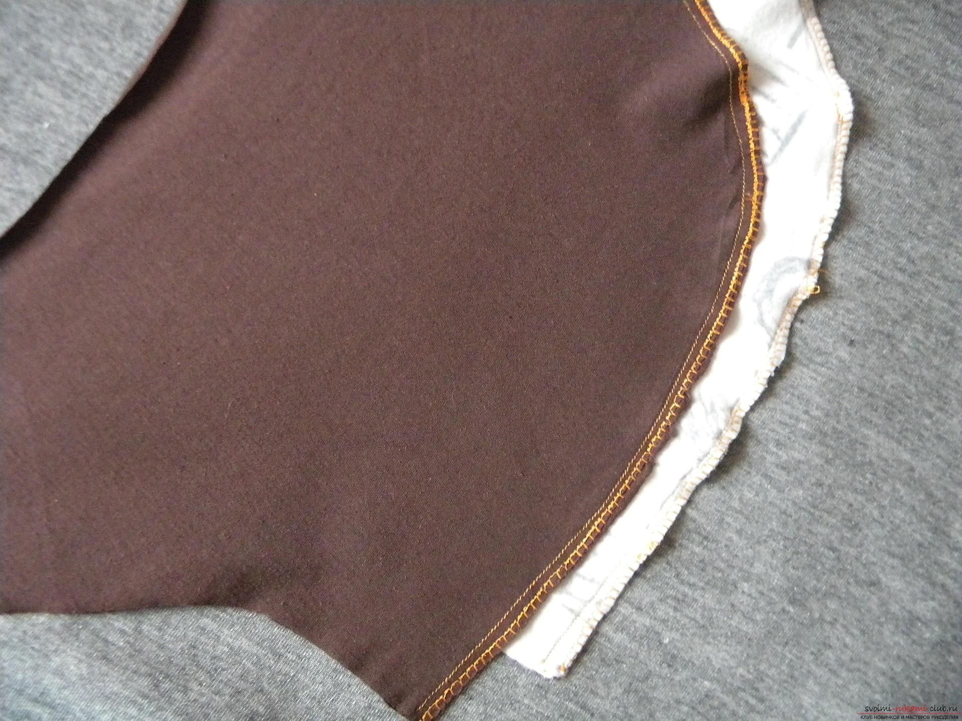 Мастер-класс по шитью подробно описывает и показывает на фото как сшить худи с капюшоном.. Фото №5