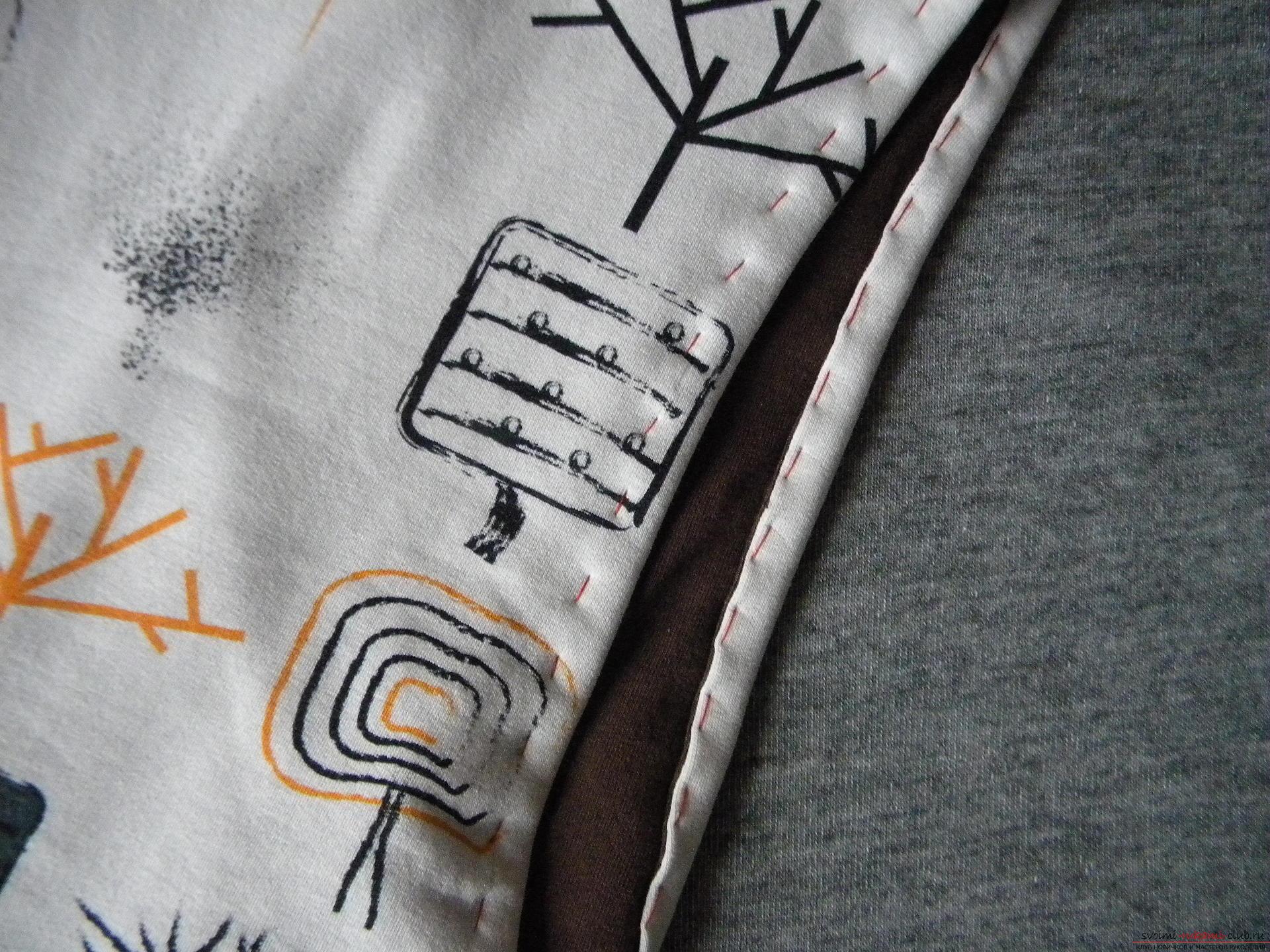 Мастер-класс по шитью подробно описывает и показывает на фото как сшить худи с капюшоном.. Фото №8