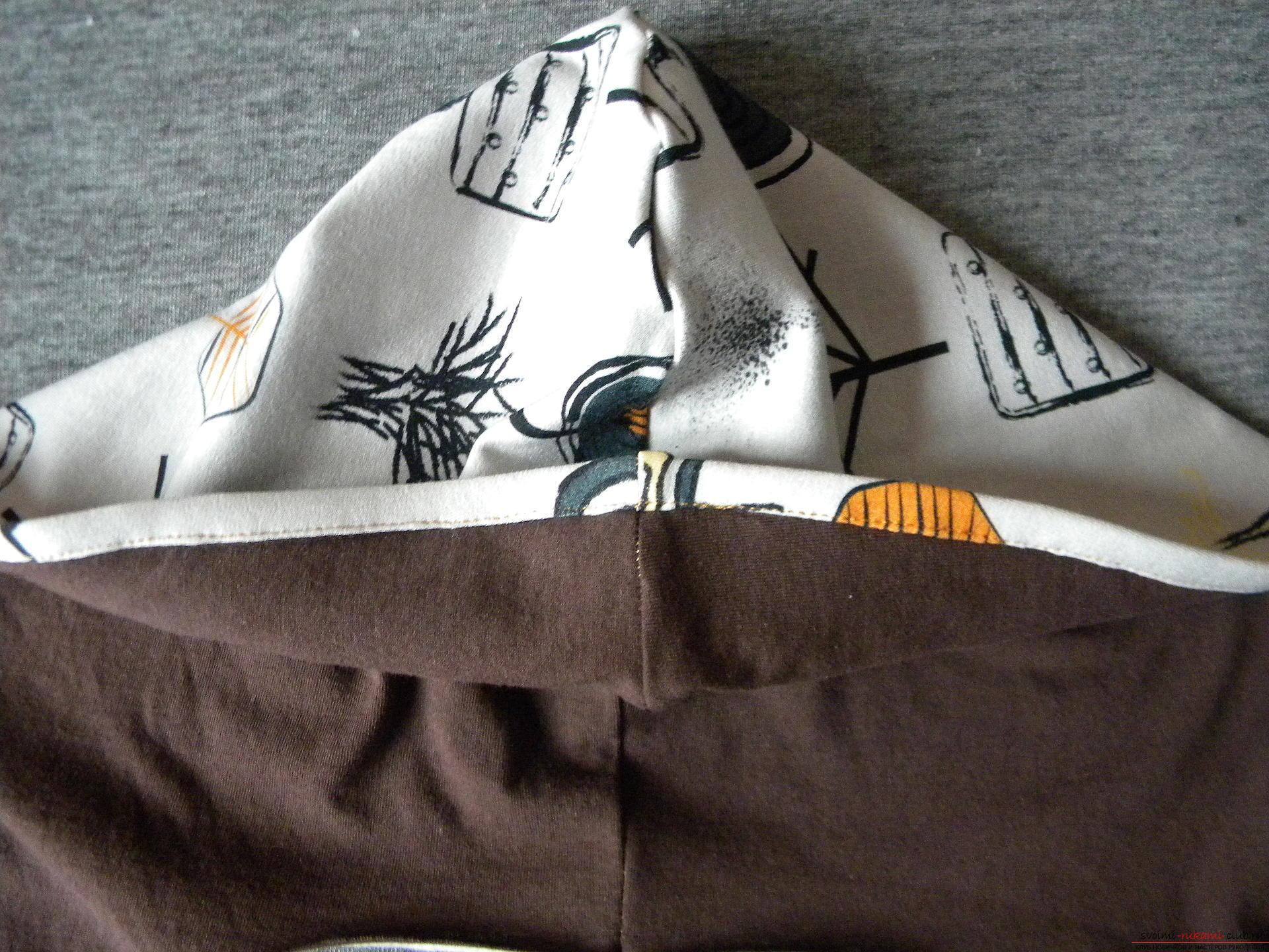 Мастер-класс по шитью подробно описывает и показывает на фото как сшить худи с капюшоном.. Фото №9