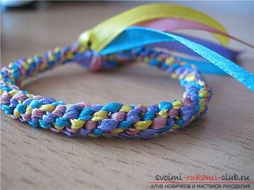 Плетем браслеты из лент своими руками. Фото №7