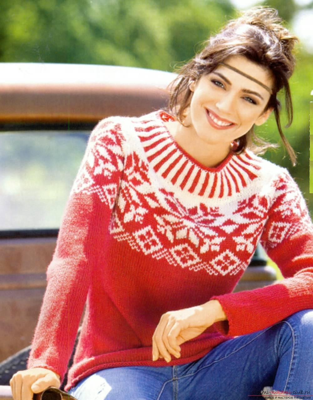 вязаный спицами женский свитер с норвежским узором. Фото №6