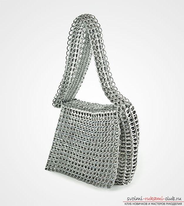 Необычный подарок своими руками – неформальная металлическая сумка из открывашек от алюминиевых банок из-под напитков