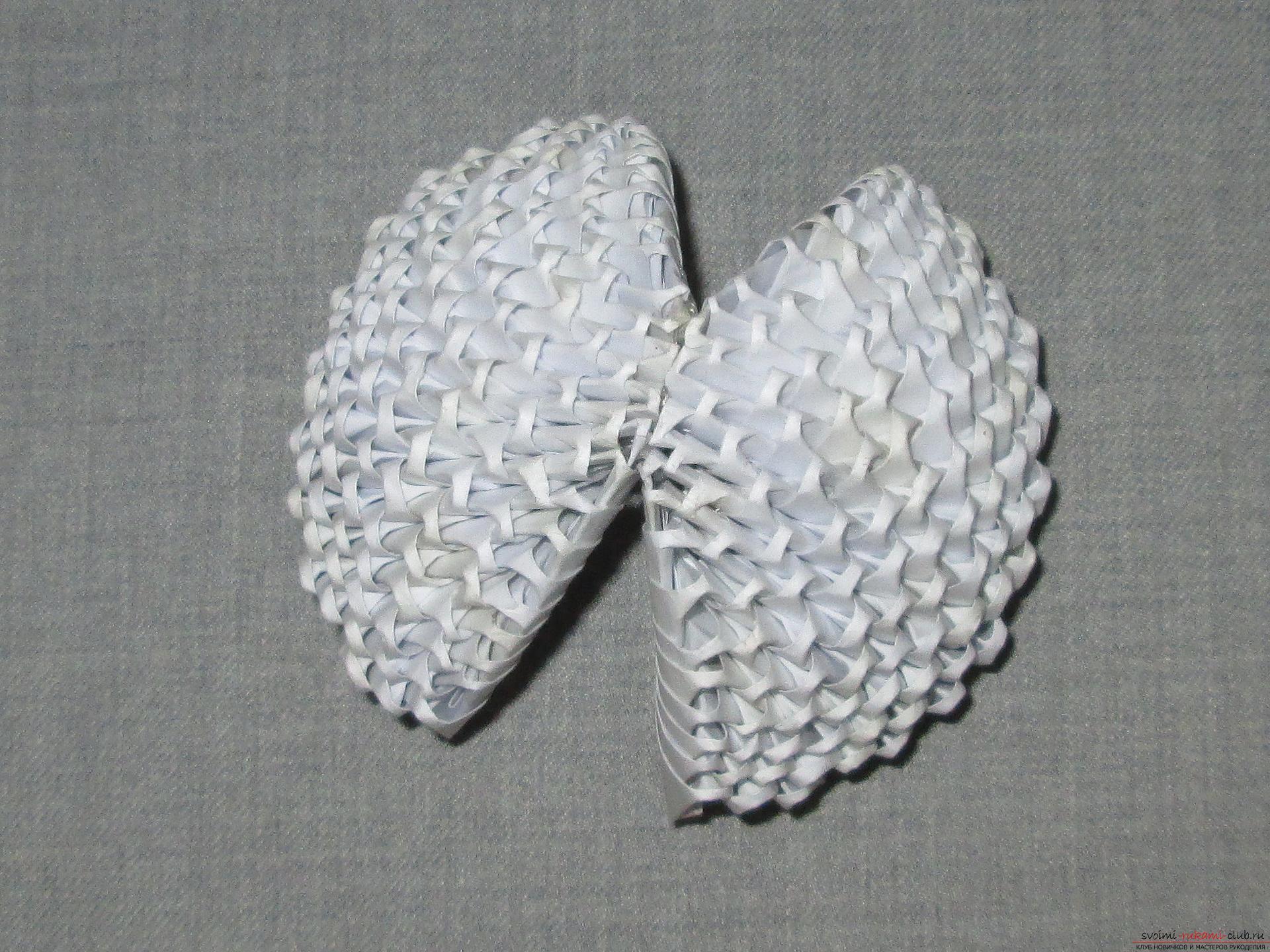 Ракушка для упаковки небольшого подарка собрана в технике модульное оригами в нашем мастер-классе с описанием и фото.. Фото №7