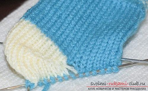 Пример вязания детских носков. Бесплатный урок по вязанию носков для мальчика, пошаговые описания и рекомендации с фотографиями работ опытных вязальщиц. Фото №9