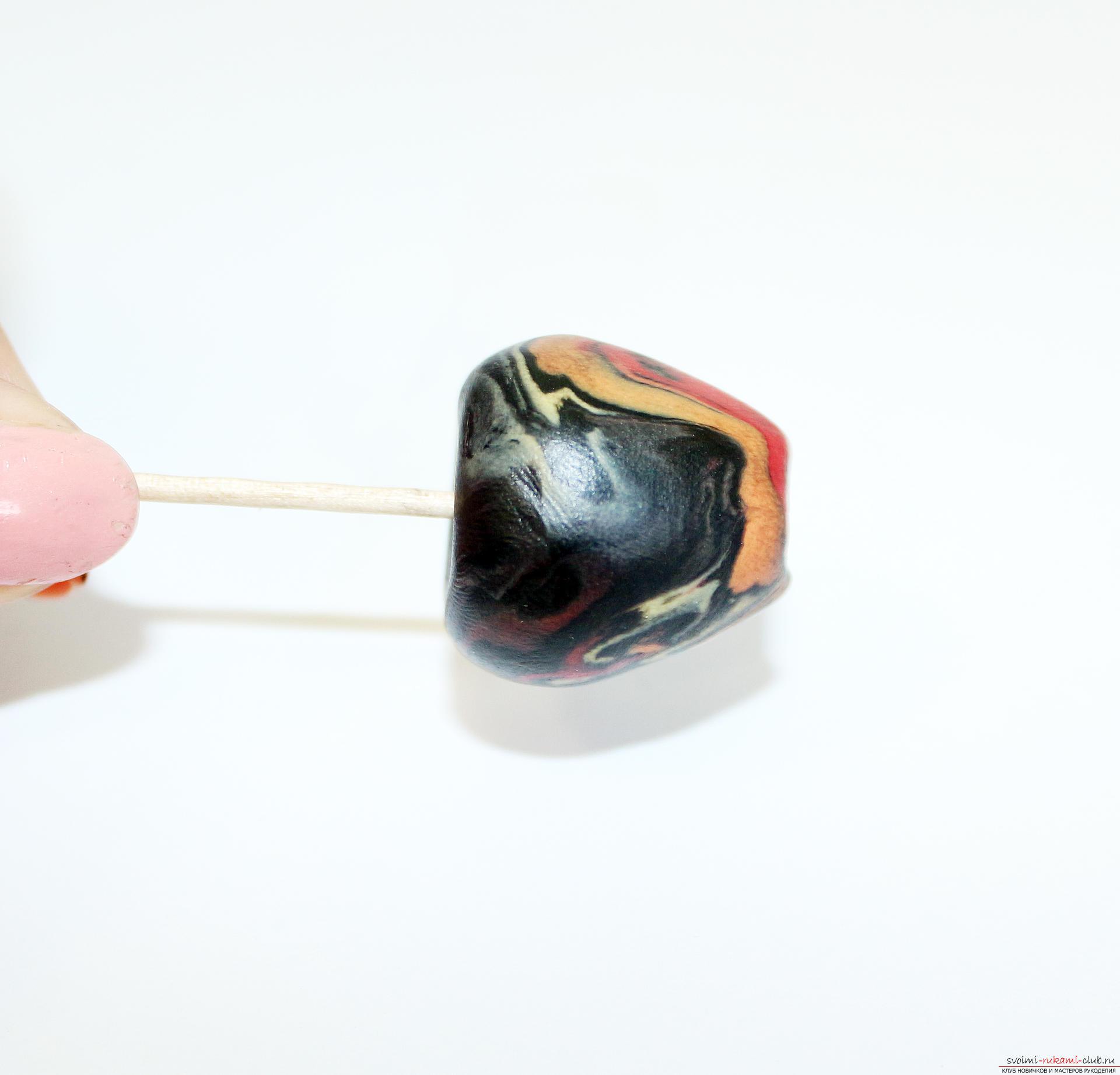 Этот подробный мастер-класс по лепке из полимерной глины расскажет как сделать своими руками фигурки из полимерной глины - овощи и фрукты для детей.. Фото №9