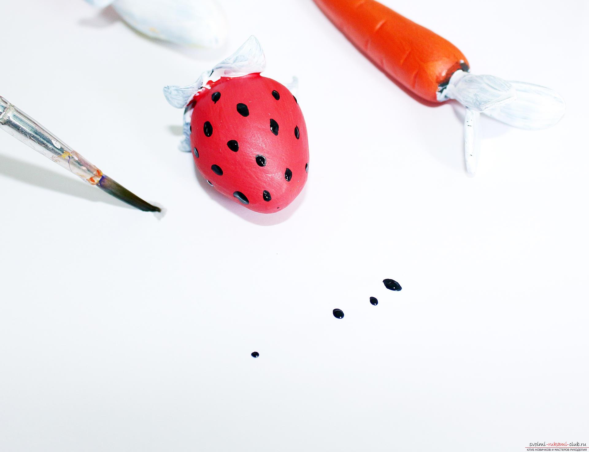 Этот подробный мастер-класс по лепке из полимерной глины расскажет как сделать своими руками фигурки из полимерной глины - овощи и фрукты для детей.. Фото №50