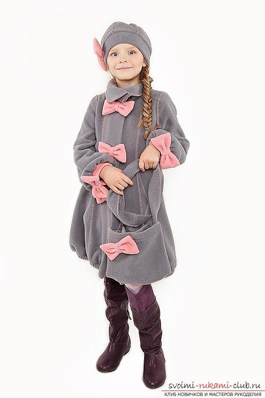 Как сшить модное пальто для девочки по выкройке своими руками. Модная и практичная деталь детского гардероба. Фото №1