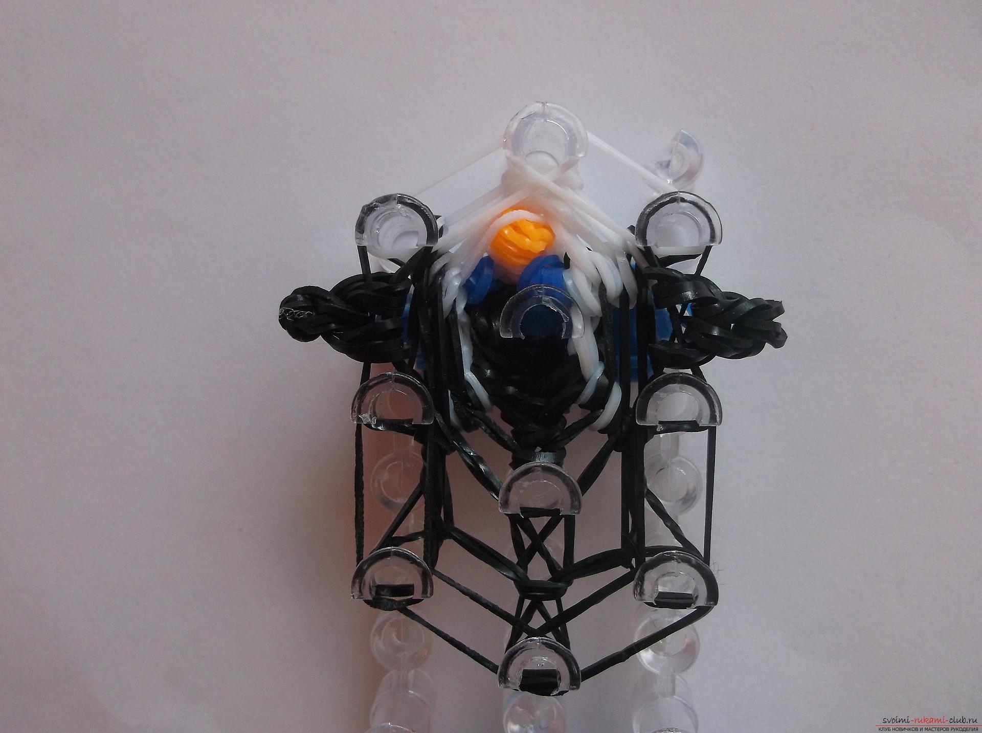 Фото к уроку плетения из резинок веселого пингвина. Фото №14