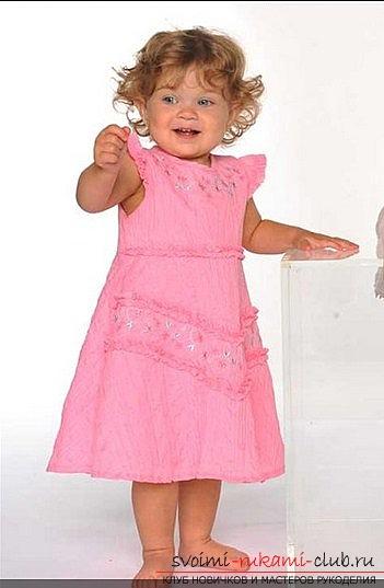 Платье для девочки с перелиной
