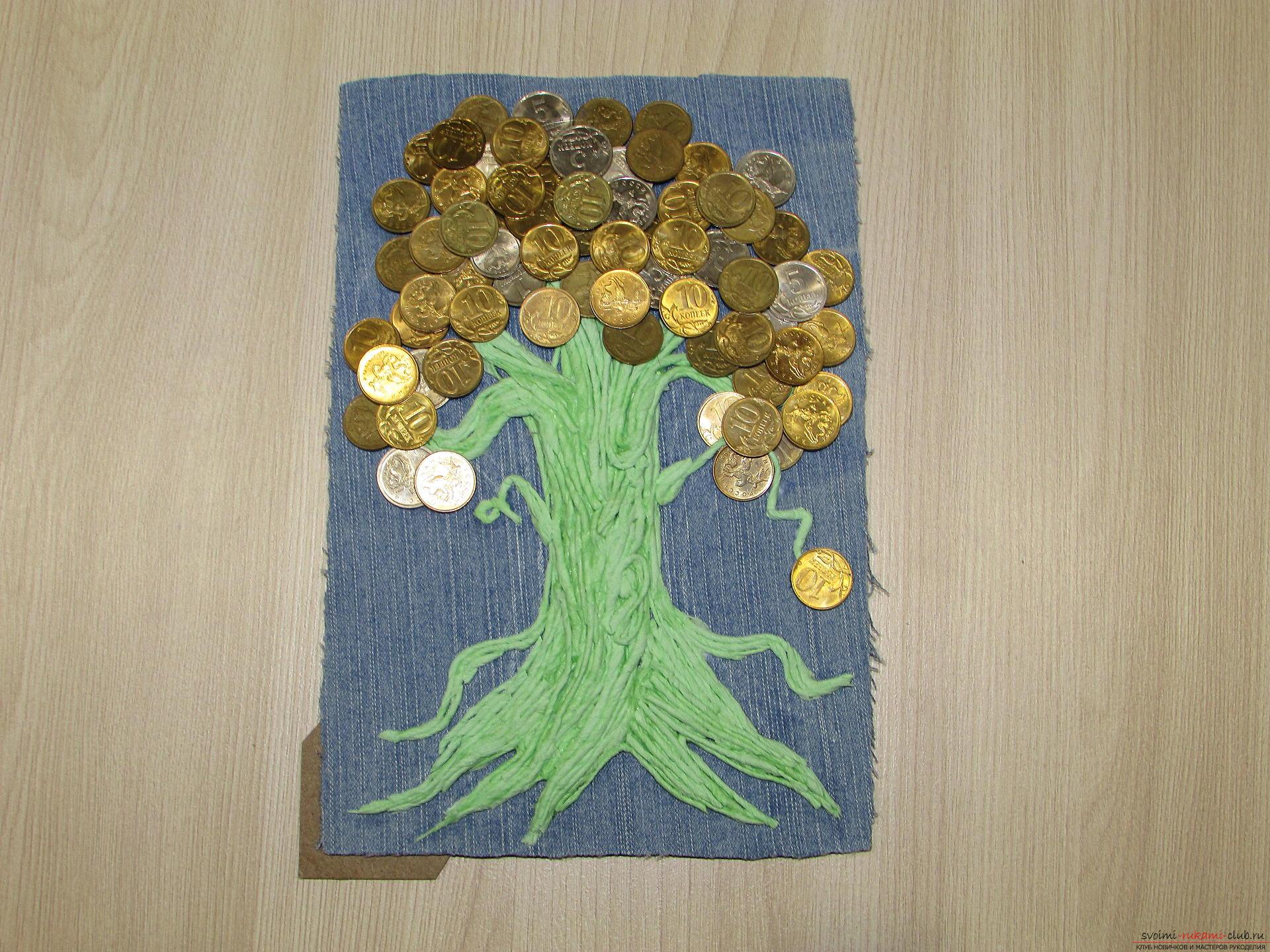 Мастер-класс покажет как сделать денежное дерево из монет своими руками.. Фото №11