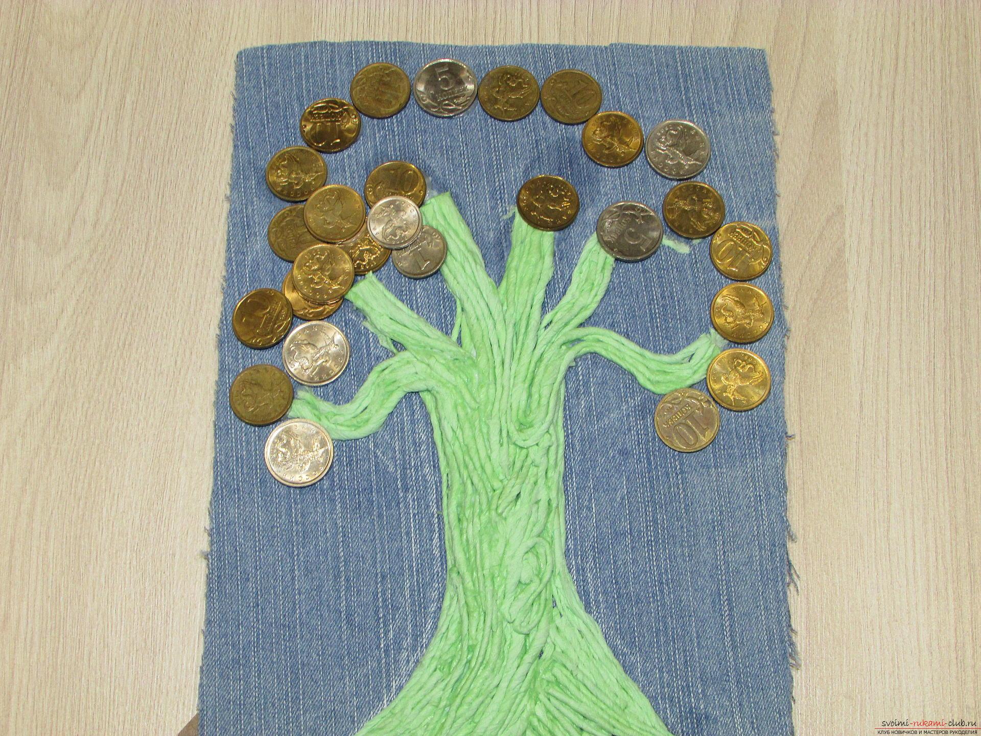 Мастер-класс покажет как сделать денежное дерево из монет своими руками.. Фото №10